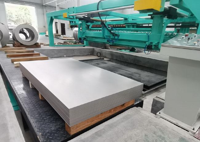 钛板和钛带的纵剪分条方法(宝鸡西部钛材)